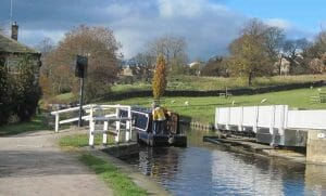 acetarc-keighley-canal-general-picture2--300x181