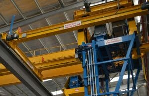 acetarc-lip-axis-pouring-system-crane-installation-030-300x194